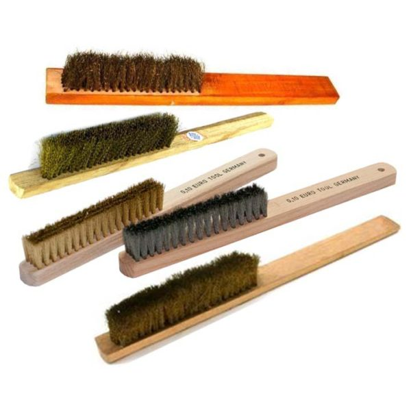 brushes with handle
